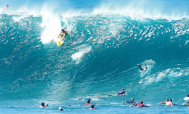 The First Ever Stand Up Paddle Surf Contest at Pipeline, Hawaii